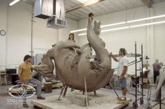 The Stan Winston Studio crew works on this sculpture for a dinosaur cadaver that never made it into THE LOST WORLD: JURASSIC PARK.