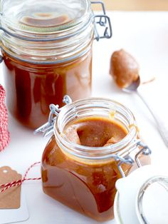 Karamellcreme Homemade caramel is unbeatably delicious. With this spread we sweeten the breakfast from now on!