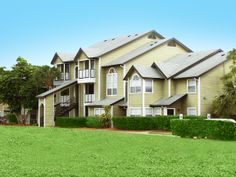 Nestled in the quaint city of Melbourne awaits the community of Caribbean Isle Apartment Homes. Set against beautiful surroundings, Caribbean Isle is the perfect choice for those who enjoy a location that allows them to be close to it all. Our ideal location places you within close proximity to shopping and fine dining. Caribbean Isle also provides easy access to freeways for all your commuting needs. Living in Melbourne does not get any better then this!