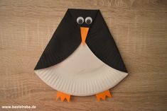Pinguin basteln - New Ideas Fun Indoor Activities, Autumn Activities For Kids, Winter Crafts For Kids, Winter Kids, Origami Penguin, Penguin Craft, Fall Tree Painting, Hedgehog Craft, Cute Penguins