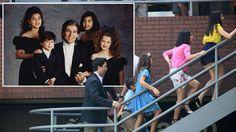 'American Crime Story': Kim, Khloe, Kourtney & Rob Kardashian Cast In New Series - Aypoupen all in one Armenian website People Vs Oj Simpson, The People Vs Oj, Kim Khloe Kourtney, American Crime Story, Young Actors, New Series, Kardashian, It Cast, Children