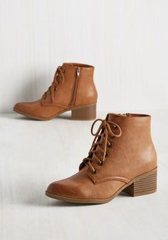 Urban Adventure Bootie - Brown, Solid, Work, Casual, Minimal, Fall, Good, Lace Up, Chunky heel, Ankle, Brown, Saturated, Mid
