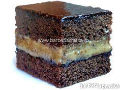 Prajitura negresa cu crema de nuca Sweet Memories, Brownies, Sweet Tooth, Food Photography, Cooking Recipes, Sweets, Cookies, Desserts, Board