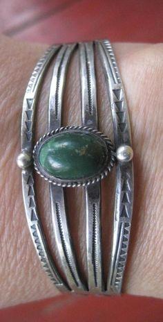 Vintage Navajo Native Harvey Era Sterling Silver Turquoise Cuff Bracelet