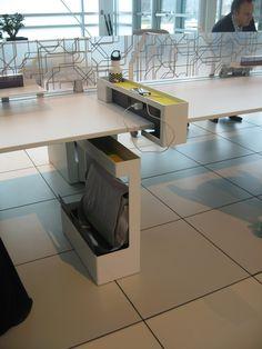 Clever Workstation Storage