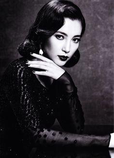 Magazine: Vogue China January 2011 Title:Silent Emotion Model: Li Bingbing Photographer:Max Vadukul  love the vintage feel