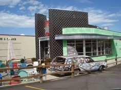 When we moved to Salt Lake City in September 2012 we decided to try some fun local restaurants rather than playing it safe at large chains. ...