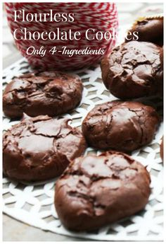 Gluten-free, low-FODMAP and 4-ingredient Chocolate Cookies by @katescarlata are Heaven on earth!