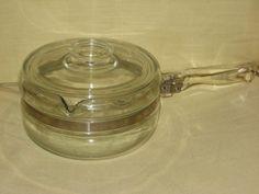 VINTAGE Corning Pyrex Flameware 1 1/2 Quart Sauce Pan Pot w/Lid - http://cookware.everythingreviews.net/9416/vintage-corning-pyrex-flameware-1-12-quart-sauce-pan-pot-wlid.html