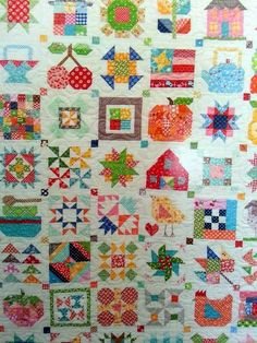 I am nearly ready to show my finished Vintage Tulips quilt... I am so SO close... but it seems so far away! I can't manage to slip in...