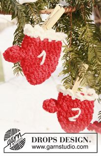 DROPS knitting site has a holiday pattern a day till Christmas.  Very Fun!!