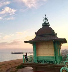 8 Brilliant Things to Do in One Day in Brighton - The Perfect Brighton Day Trip! 4 Visit Brighton, Brighton Rock, Brighton England, Stuff To Do, Things To Do, British Summer, Indian Architecture, Summer Heat, Back In Time