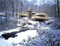 (Winter time) Kaufmann House above waterfall, Frank Lloyd Wright, Architect.in Winter Casas De Frank Lloyd Wright, Frank Lloyd Wright Style, Frank Lloyd Wright Buildings, Architecture Images, Organic Architecture, Beautiful Architecture, John Wright, Falling Water House, Falling Waters