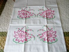 Vintage Pair of Embrodery Pink Water Lilies Pillow Cases in Excellent Condition.