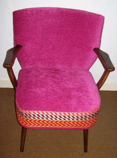 Les Décos d'Emeline: fauteuil cocktail vintage velours rose  shoking et jacquard tendance ethnique. Refait à neuf. 260€