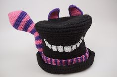 Crochet Hats Patterns Alice in Wonderland Crochet Top Hat Gallery - The Crochet Crowd had a contest for the best Alice in Wonderland Crochet Hat. Nearly 350 hats were received. These are most of the entries. Crochet Crowd, Love Crochet, Diy Crochet, Crochet Crafts, Crochet Baby, Crochet Tops, Crochet Projects, Holiday Crochet, Halloween Crochet