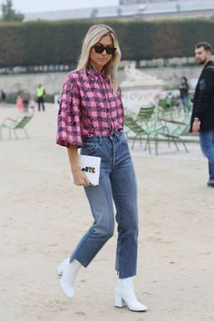 Fashion blogger Natalia Georgala seen during Paris Fashion Week Womenswear Spring/Summer 2018 on September 27 2017 in Paris France