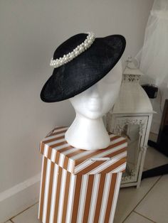 Black saucer hat with pearl detail.see out website Mother Of The Bride Hats, Hat Blocks, Derby Day, Wedding Hats, Race Day, Ladies Day, Headpiece, Diana, Special Occasion