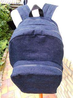 """Sac à dos en jean - Denim backpack - myde by """"Les sacs de génie"""""""