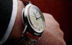 【時とともに価値が増す本物で上質な高級腕時計!!】SPQR POWER RESERVE(手巻/アイボリー/スケルトン裏蓋)×SOMESバーガンディバンド 時計企画室コスタンテ「SPQR」ブランド時計コレクション 腕時計・ナースウォッチ通販