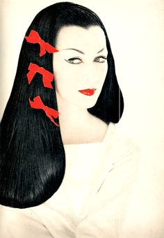 Harper's Bazaar, December 1955 Photographer: Richard Avedon Model: Dovima #MACxNastyGal