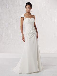 One shoulder A-line chiffon bridal gown