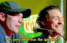 """""""I'm sorry what was the question?  Was it about Tom?"""" Chris Evans & Tom HiIddleston. Comic Con New York."""