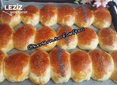 Puf Puf Kabaran Yumuşacık Poğaça Tarifi Hot Dog Buns, Hot Dogs, Hamburger, Pasta, Bread, Food, Hamburgers, Breads, Burgers