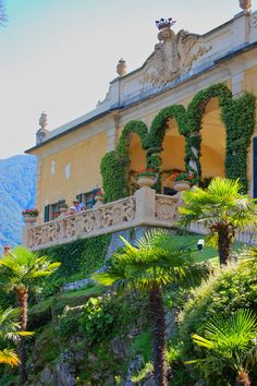 Our Wedding Venue: Villa Del Balbianello at Lake Como, Italy Italian Garden, Italian Villa, Places In Italy, Places To See, Beautiful Villas, Beautiful Places, Comer See, Lake Como Italy, Lake Como Wedding