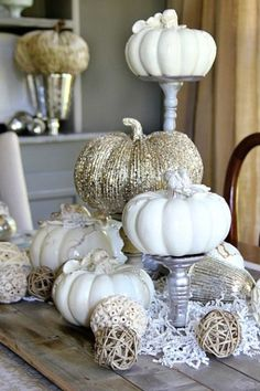 Fall Decorating Ideas for the Dining Room Elegant white and gold pumpkins as centerpieces for a more sophisticated fall wedding The post Fall Decorating Ideas for the Dining Room & Autumn Decoration appeared first on Fall decor ideas . Thanksgiving Decorations, Seasonal Decor, Halloween Decorations, Table Decorations, Thanksgiving Tablescapes, Pumpkin Decorations, Diy Thanksgiving, Table Centerpieces, White Centerpiece