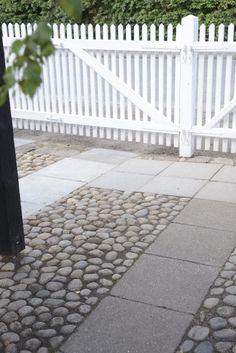 Bluestone and river stone Garden Paving, Garden Paths, Garden Landscaping, Outdoor Rooms, Outdoor Living, Outdoor Decor, Patio Pergola, Backyard, Back Gardens