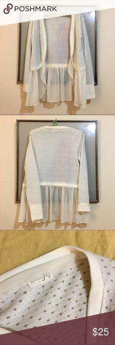 Maison Jules Lace Shrug Maison Jules delicate Lace shrug. Cotton textured fabric with flows Lace material. Size S. Maison Jules Sweaters Shrugs & Ponchos