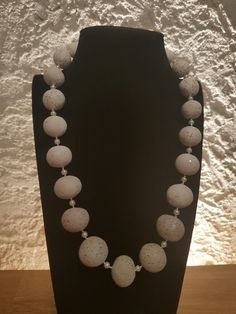 Pearl Necklace, Pearls, Jewelry, Fashion, Minerals, Silver, Creative, String Of Pearls, Moda
