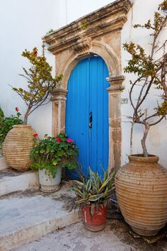 Love the architectural detail around this blue arched door, photo taken in Kythera, Greece