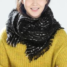 SALEHOST PICKAuthentic Zara scarf 15% OFF!!! It will be applied when you purchase.New with tag. Zara Accessories Scarves & Wraps