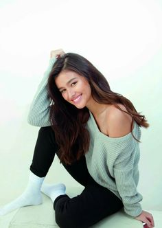 Liza Soberano (Philippines/US) Most Beautiful Faces, Beautiful Asian Girls, Liza Soberano Photoshoot, Lisa Soberano, Filipina Actress, Filipina Beauty, Young Actresses, Cute Beauty, Gal Gadot