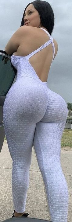 Big Black Booty Girls, Curvy Fashion, Girl Fashion, Girl With Curves, Academia, Swagg, Sexy Dresses, Lingerie, Belle