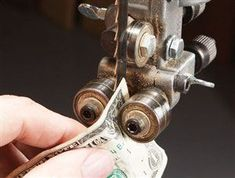Tune Your Bandsaw - Woodworking Tools - American Woodworker #WoodworkingTools #woodworkingtips