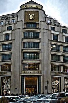 Flagship store Louis Vuitton - Paris 8ème