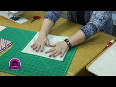 Sew Easy: Cathedral Windows - The Quilting Company Quilting Tips, Quilting Tutorials, Machine Quilting, Quilting Projects, Sewing Tutorials, Sewing Ideas, Sewing Projects, Cathedral Window Patchwork, Cathedral Window Quilts