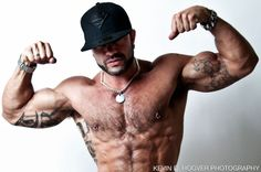 Rogan Richards (Tristan Hamilton)