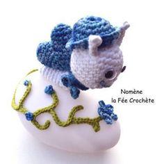 Petite lampe à led, escargot bleu, veilleuse avec personnalisation gratuite du prénom, fait main au crochet, pour enfant et bébé,