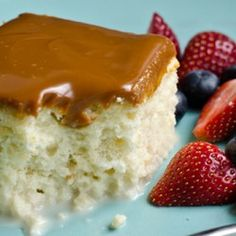 Tres Leches Cake with Dulce de Leche Glaze - holy awesomeness!!