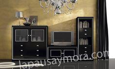 Mueble de comedor de Lapausa y Mora, colección Lore. Composición 03 con acabado en Negro con plata 54.