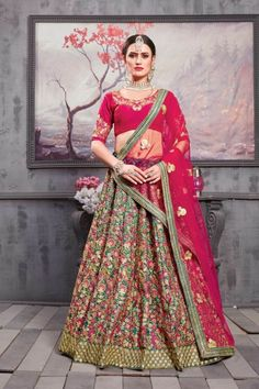 Your blushing Charm will come out when you will attire this gorgeous Carrot Red and Teal Green Color Silk Bridal lehenga Choli. This fancy red color lehenga decked with heavy embroidered work on whole attire. Lehenga Dupatta, Bollywood Lehenga, Bollywood Outfits, Lehenga Choli Online, Bridal Lehenga Choli, Indian Lehenga, Silk Dupatta, Wedding Lehnga, Anarkali Suits