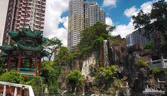 Самый популярный храм Гонконга Вонг-Тай-Син.  http://www.ritc.com.hk/