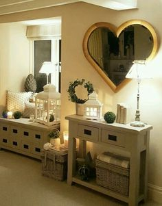 Love the heart mirror! Cottage Living Rooms, Cottage Interiors, New Room, Home Fashion, Ideal Home, Sweet Home, New Homes, Room Decor, Layout