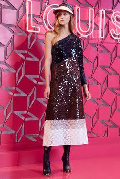 Louis Vuitton Resort 2013 Fashion Show - Mackenzie Drazan