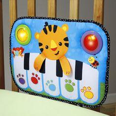 Kick & Play Piano