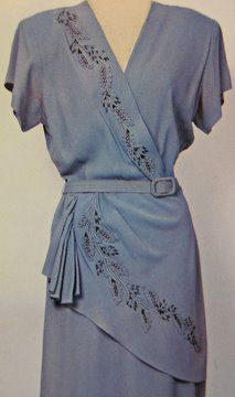 1940s belted dress ~ as seen at http://www.fashion-incubator.com/archive/pattern_puzzle_quiz_threads/
